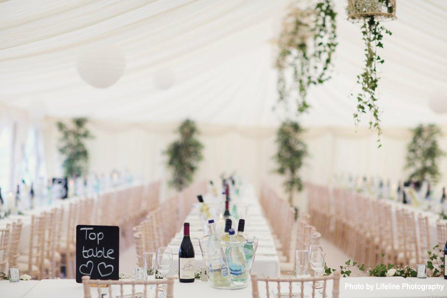 top_table_chalkboard_marquee_wedding